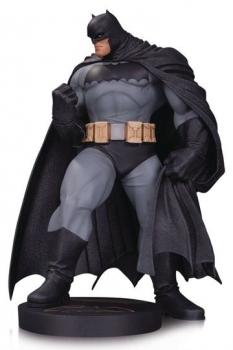 DC Comics Designer Series Mini-Statue Batman by Andy Kubert 18 cm