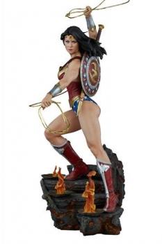 DC Comics Premium Format Figur Wonder Woman 56 cm