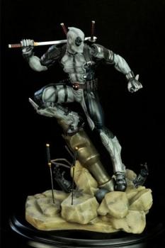 Marvel Comics PrototypeZ Statue 1/6 Deadpool Uncanny X-Force Ver. by Erick Sosa 46 cm