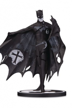 Batman Black & White Statue Batman by Gerard Way 20 cm
