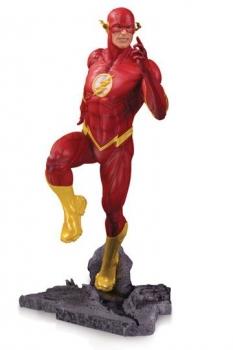 DC Core PVC Statue The Flash 23 cm