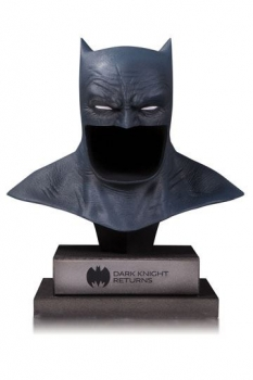 DC Gallery Büste 1/2 The Dark Knight Returns Batman Cowl 21 cm
