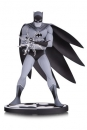 Batman Black & White Statue Batman by Jiro Kuwata 16 cm