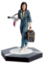 The Alien & Predator Figurine Collection Statue Warrant Officer Ellen Ripley (Alien) 11 cm
