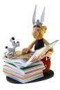Asterix Collectoys Statue Asterix mit Bücherstapel 2nd Edition 23 cm