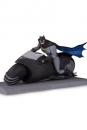 Batman The Animated Series Actionfigur Batman with Batcycle 15 cm