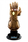 Avengers: Endgame Replik 1/4 Infinity Gauntlet 17 cm