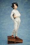 Yakusoku no Neverland Statue 1/8 Ray 20 cm