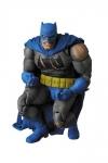 Batman - Die Rückkehr des Dunklen Ritters MAF EX Actionfigur Batman 16 cm