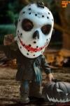 Freitag der 13. Defo-Real Series Vinyl Figur Jason Voorhees Halloween Version 15 cm Weltweit auf 500 Stück limitiert.